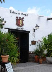 Casa Herrera y Rojas