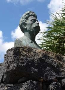 Monumento al dr.Alfonso Spinola